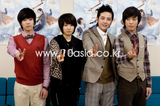 YB_Cast